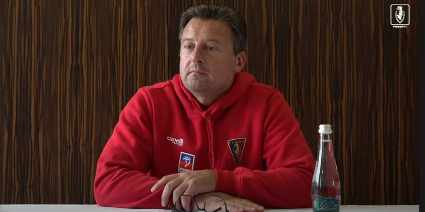 Kosta Runjaić przed meczem z Lechią Gdańsk